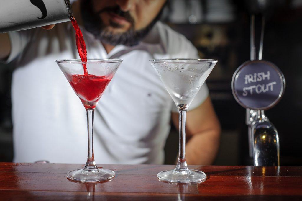 cocktail aux fruits rouges sanglants